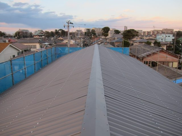 スレート屋根(カバー工法)2